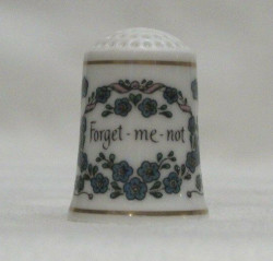 Franklin Mint Victorian Keepsake Thimble Collection Forget Me Not